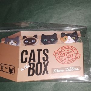Cats in the box, memo tabs